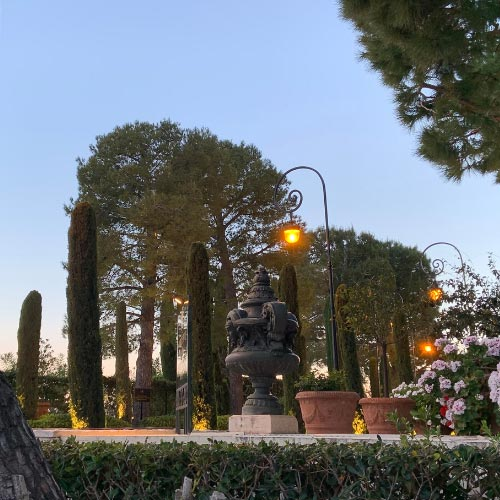 Garden in the heart of the Fontvieille district