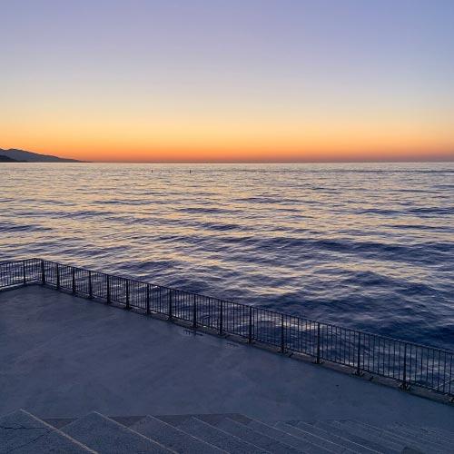 View of the sea from the La Condamine district