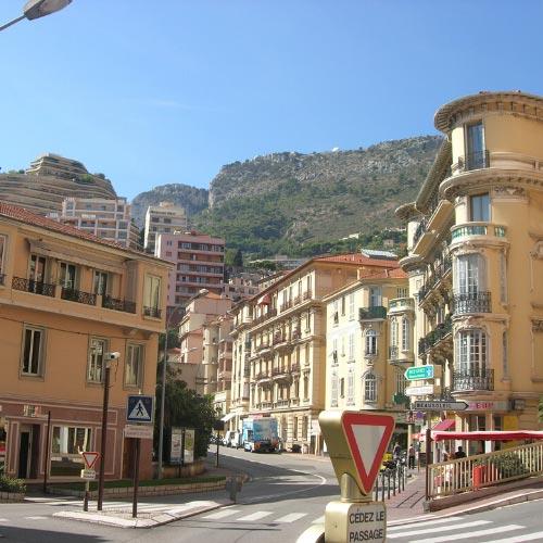 Street in the Moneghetti district