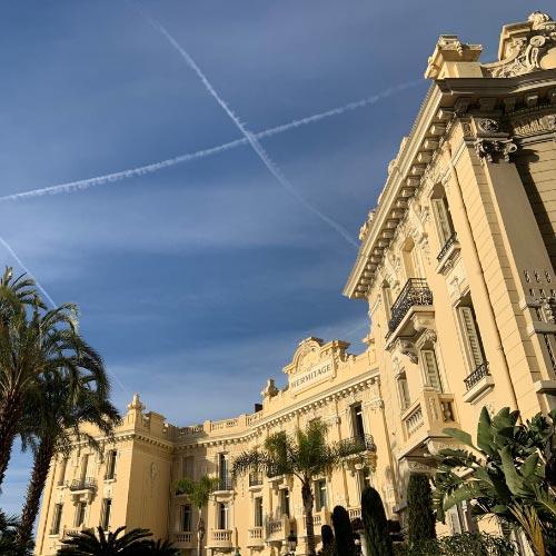 Façade de l'hotel Hermitage à Monte-Carlo